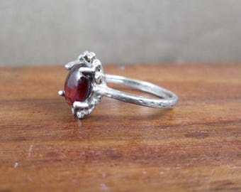 Sterling Silver Ring with Glass - Size 6.25 - Vintage