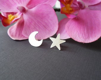 Moon and star earrings 925/00 silver moon and star