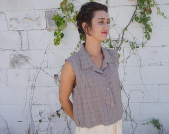 Taupe Textured Grid Cropped Sleeveless Button Up