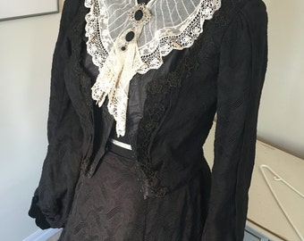 Victorian Mourning Gown dress 1880s and Edwardian lace Collar