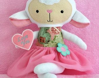 Lamb. Pretty Lamb. Lamb in skirt. Pink Lamb. ITH Lamb. Lamb with heart