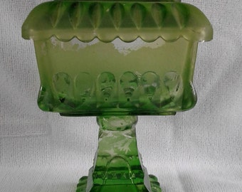 Vintage Westmoreland Green Frosted Candy dish with lid