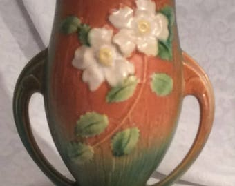 "Roseville USA ""986-9"" Pottery Footed, Double-Handled Vase ""Pink with White Roses"" pattern"