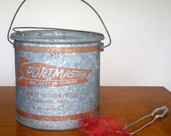 Vintage SPORTSMASTER MINNOW BUCKET and Net Lakehouse Cabin Rustic Decor Industrial Galvanized Metal Pail