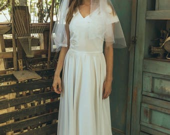 1920s wedding dress / Simple boho wedding dress / Simple modest wedding dress / V top wedding dress / bohemian wedding gown / tulipa gold
