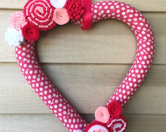 Valentines Wreath - heart Wreath - Valentine's Day Wreath - Polka Dot Heart Wreath -Felt Flower Wreath -Heart Felt Wreath -Pink Heart Wreath