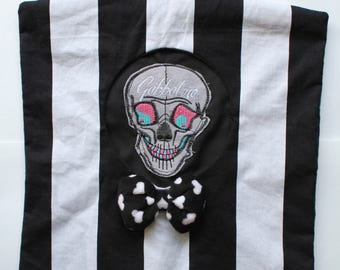 Black and White Striped Peg Bag With Skull and Bow Kitsch Vintage 50's Style  Gobbolino