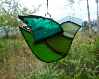 Lime Bird - Lovely 3D Suncatcher - Stained Glass with Crystals and Pearl
