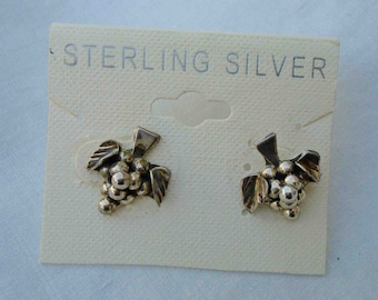 Vintage Early Nineties Sterling Silver Bunch of Grapes Stud / Post Earrings / New Dead Stock Fruit Jewelry