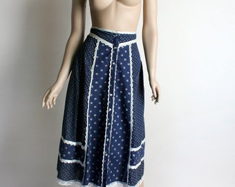 Vintage Gunne Sax Skirt - 1970s Prairie Navy Blue Floral and White Lace Midi Length Cotton Skirt - Small