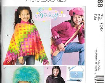 McCall's Girl's Fashion Accessories. Poncho, Hat, Purse, Messenger Bag, Backpack, CD Case. Sizes 7 to 16