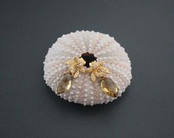 Champagne Citrine Earrings,Gold Post Earrings,Neutral Earrings,Golden Post Earrings,Dainty Earrings, Delicate Earrings,Gift for her