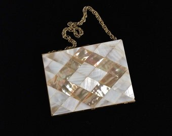 Beautiful mother of Pearl compact purse with a pretty chain, cosmetic case, vintage compact, evening bag, makeup kit, powder compact