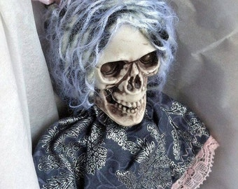 Madame Noelle Doll