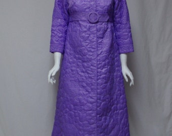 Lavender Quilted Long Robe, Made In Hong Kong for Garfinckels, Size Small