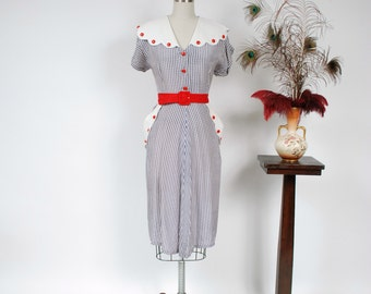 Vintage 1940s Dress - Cheerful Blue and White Gingham Rayon 40s Day Dress with Pique Collar and Pockets, Bright Red Buttons