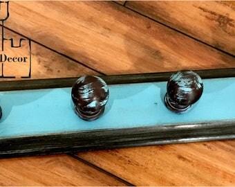 Salvage Vintage Door Knob Finial Hook Board