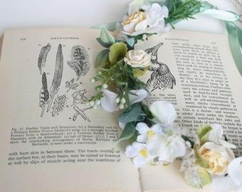 Ivory crown, flower crown, festival flowers, faerie crown, faerie wedding, spring flowers, wild flowers, wildflower crown, floral halo