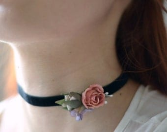 Victorian choker, rose necklace, velvet choker, black ribbon choker, bridal necklace, floral necklace, jewelry, chokers, blush pink roses