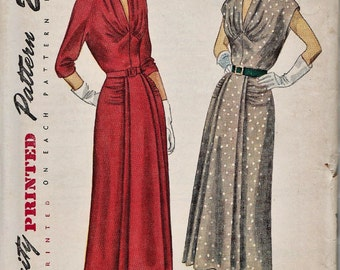 Simplicity 3106 / Vintage 50s Sewing Pattern / Dress / Bust 35