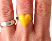 bright yellow heart statemnet ring adjustable band cocktail fashion womens ladies modern valentines day sweetheart love romance romantic