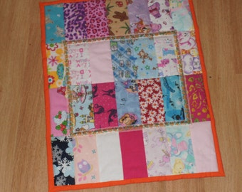 Scappy Doll Quilt / Mini Quilt / Car Seat Quilt / Doll Blanket