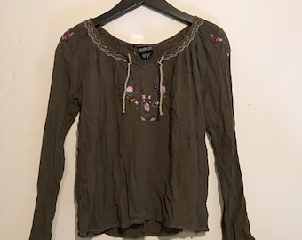 90s does 70s olive green embroidered indian Peasant top medium WT36730
