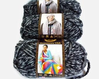 Chunky Yarn Black and Gray Bulk Lot Lion Brand Hometown, Bulky Thick Acrylic, Three Balls  4 Ounce ea Black Yarn