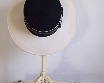 Vintage wool brim hat Michael Howard off cream and black with wide grosgrain ribbon vintage millinery