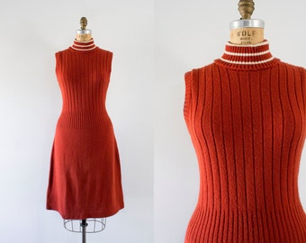 1970s Champlain Rust mod knit dress / 70s simplistic beauty