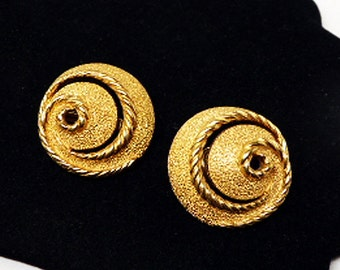 Spiral Trifari Earrings - Clip on Earrings - Gold Tone Twisted Rope & Stippled Textured Round Designer Signed Trifari 1960s 1970s Mod Design