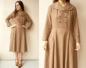 1950's Vintage Double Breasted Brown Day Dress With Large Collar Size M/L