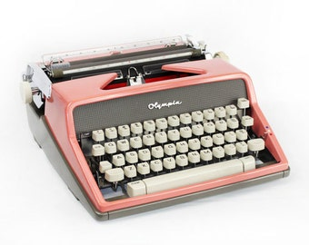 Vintage Pink Typewriter Olympia DeLuxe SM-7 Manual Typewriter Fully Serviced Working Typewriter