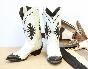 BEST WESTERN Vintage 80s Boots | 1980s Justin Black & White Leather Inlay Cap Toe Boots | Cowboy, Cowgirl, Rockabilly, VLV | Womens Size 8.5