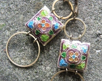"sakamoto - earrings with ""chinese"" square beads and circles"