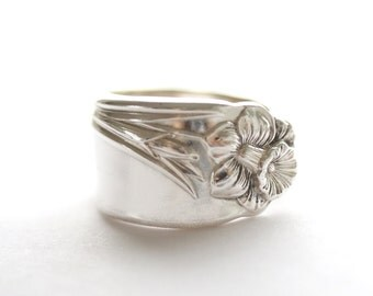 Vintage Spoon Ring (Silver Plated)- Daffodil 1950