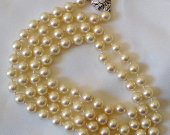 Vintage Japan Kai Pearl Necklace with Silver Clasp - Excellent Condition