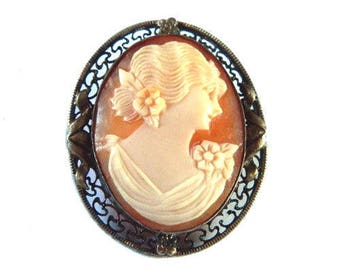 Antique Shell Cameo Brooch in Silver Setting