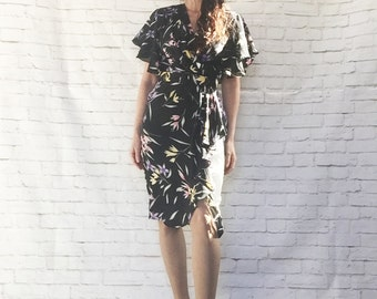 Vintage 80s Does 40s Ruffled Pearl Harbor Surplice Wrap Dress Flutter Sleeves Belted XS S Black Floral
