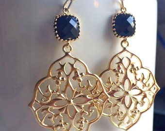 Black Gold Dangle Earrings. Black Earrings. Simple Gold Earrings. Gold Pendant Earrings.Bridesmaid Gifts. Jet Black. Bridesmaid Earrings.Mom
