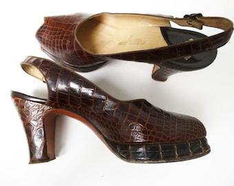Vintage 1940s Platforms// 40s Platforms//Open Toe//Slingbacks//Designer//Heels//Pumps//