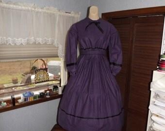 Girls Size 12 Civil War Dress Purple and Black Cotton Print Reenactor  Dress