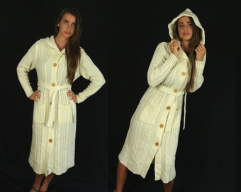 vtg 70s cream HOODED cable knit BELTED SWEATER Small fisherman grandpa chunky pockets wood buttons duster boho hippie cardigan