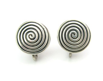 Silver Spiral Earrings. Sterling Silver. Hand Wound Wire. Screw Backs. Small, Button Style.  Vintage 1950s Mid Century Jewelry