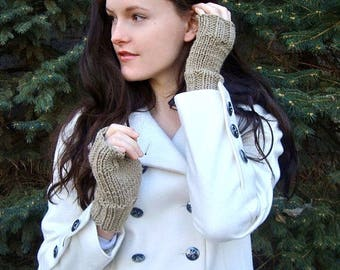Knit Fingerless Gloves / Hand Wrist Warmer Mitts Mittens / THE OAKRIDGE GLOVES