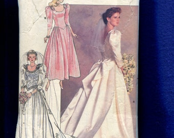 Vintage 1987 Butterick 4743 Traditional Wedding Gown Size 8