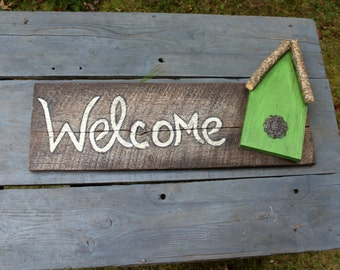 Southern Welcome Reclaimed Wooden Sign with Rustic Birdhouse Wall Hanging Decor