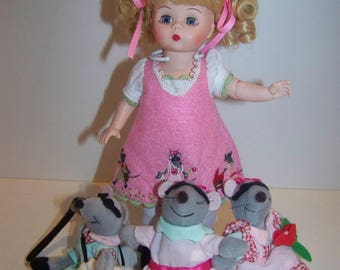 three blind mice Madame Alexander set w 8 in doll