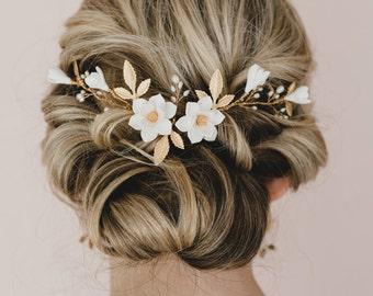 White Magnolia and Gold Brass Leaves Hair Vine.  Bridal Hair Vine. Gold Hair Vines. Gold Leaves and Flower Hair Vine.
