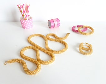 Golden Necklace // Long Necklace // Beaded Rope Necklace // Statement Necklace // Urban Style Necklace // Crocheted Accessories